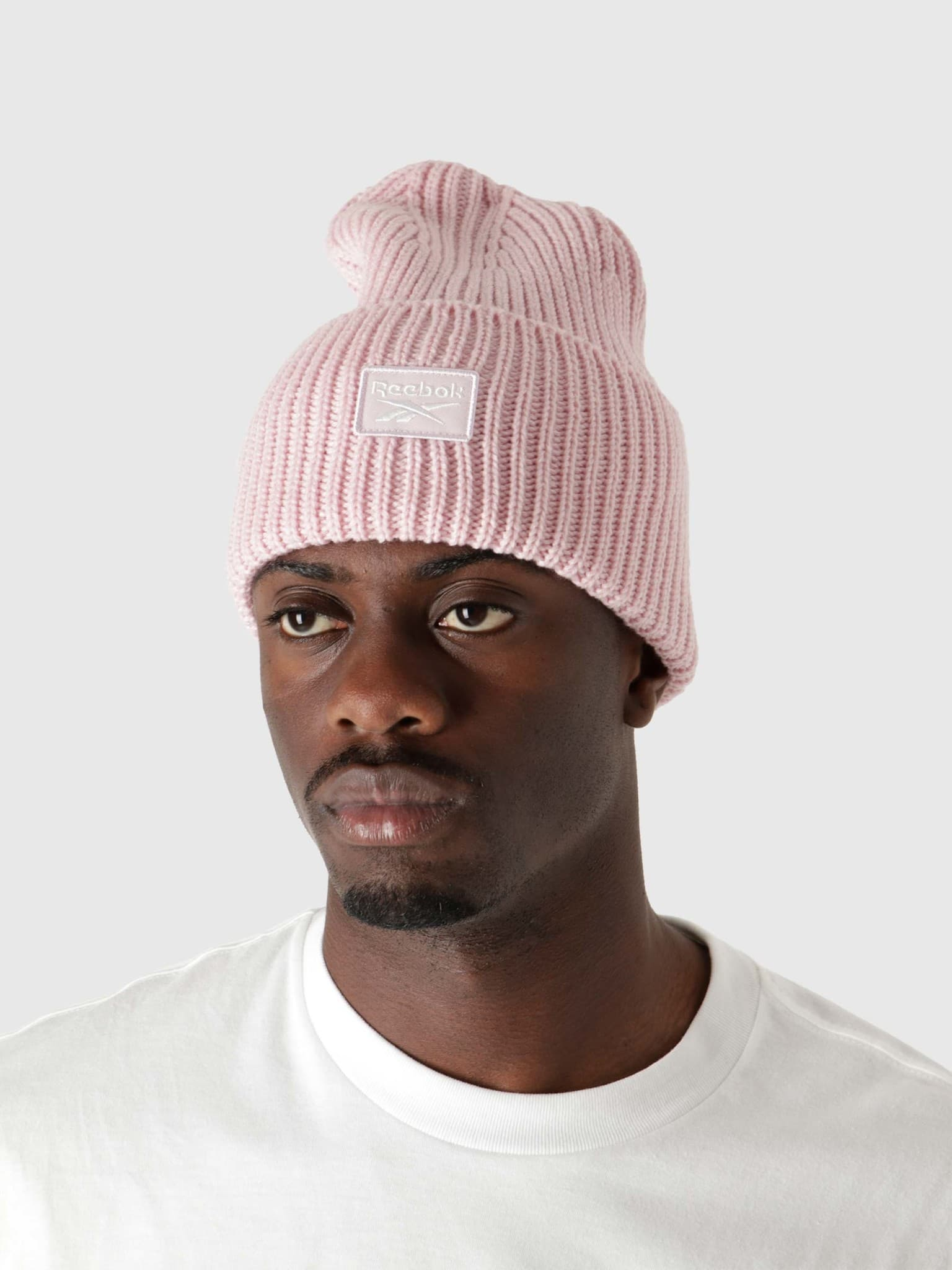 Cl Fo Beanie Frost Berry H47510
