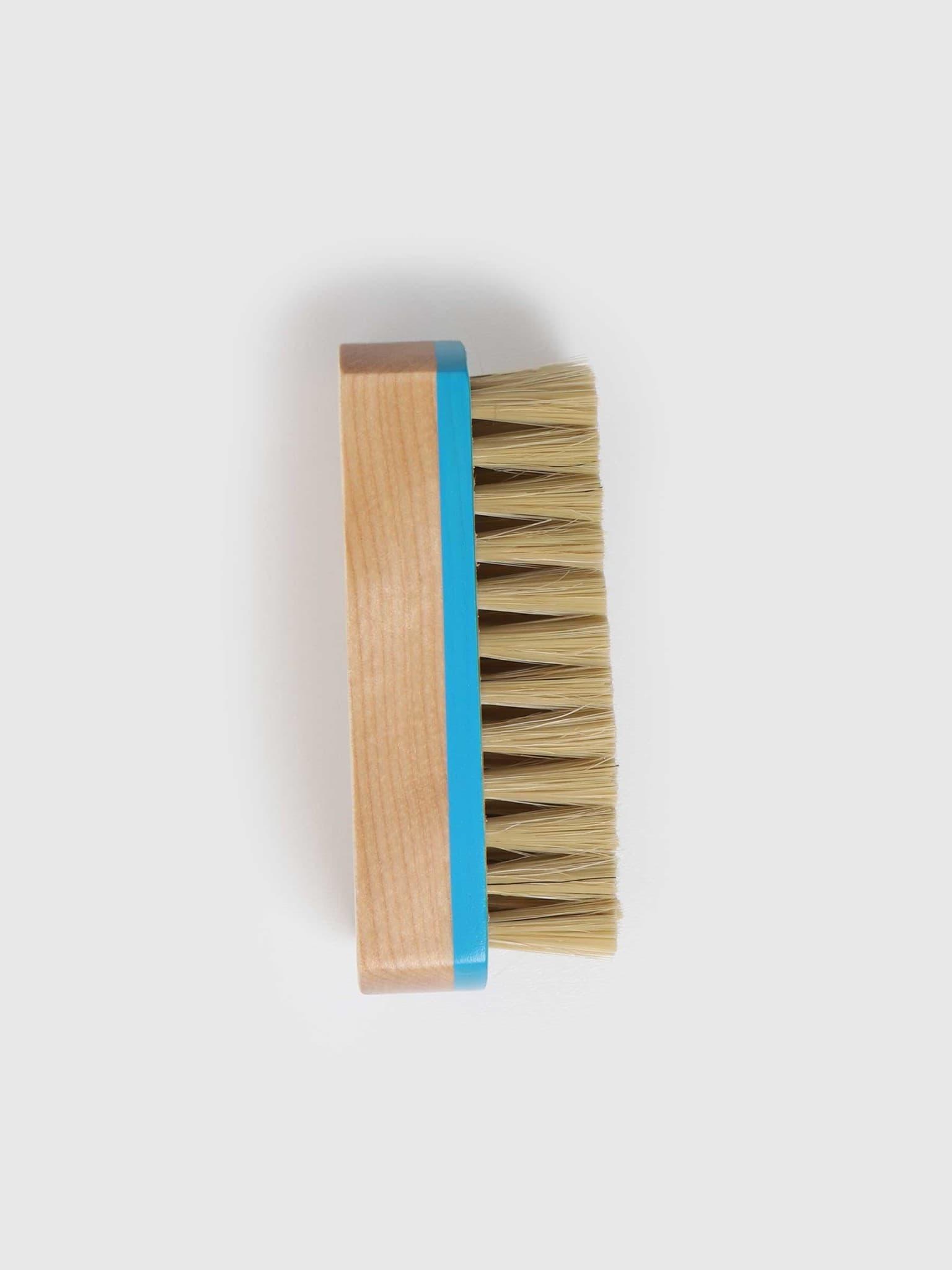 DFNS Premium Brush