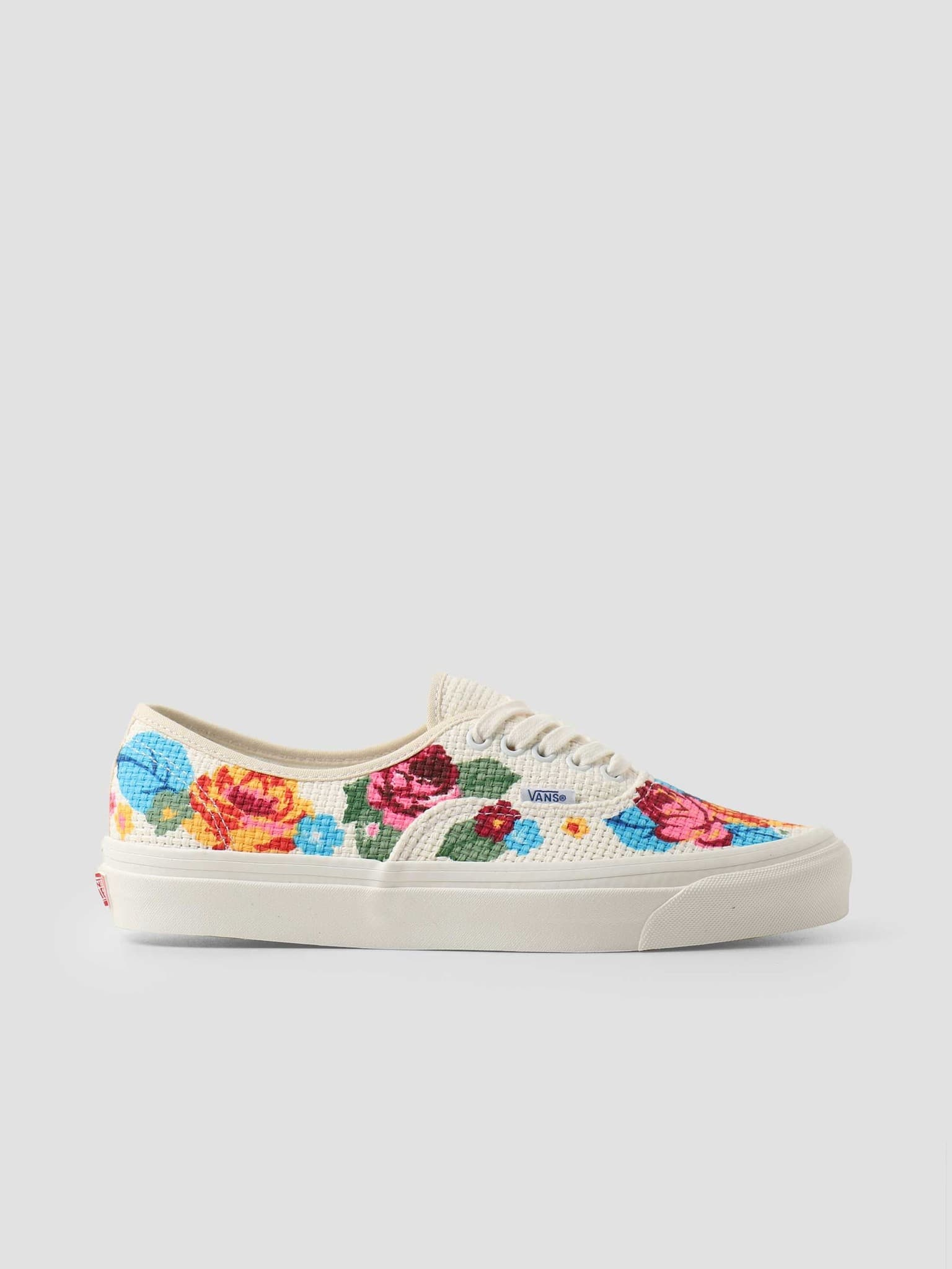 UA Authentic 44 Dx Anaheim Factory Needlepoint Floral VN0A54F29GM1