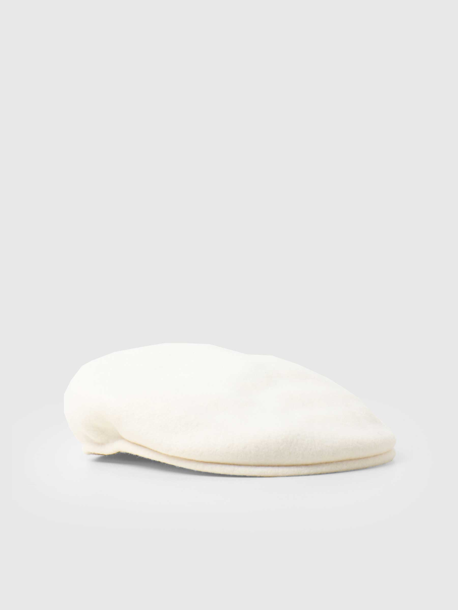 504 Kangol Cap White 0258BC-WH103