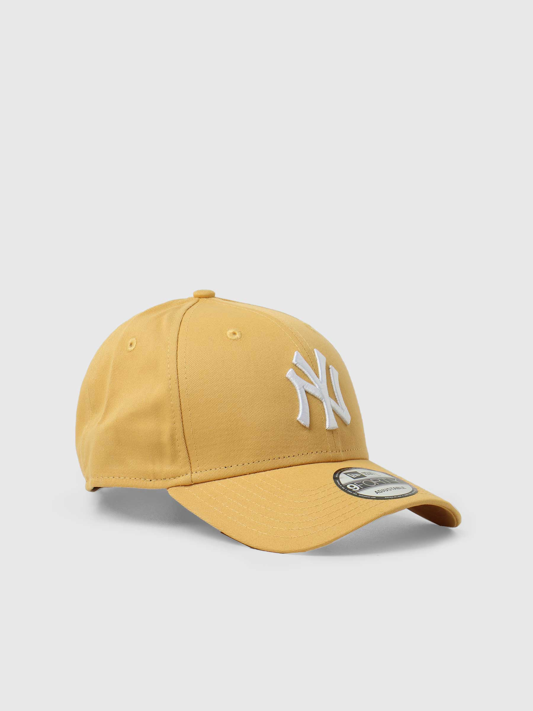 9Forty League Essential New York Yankees Yellow NE60141848