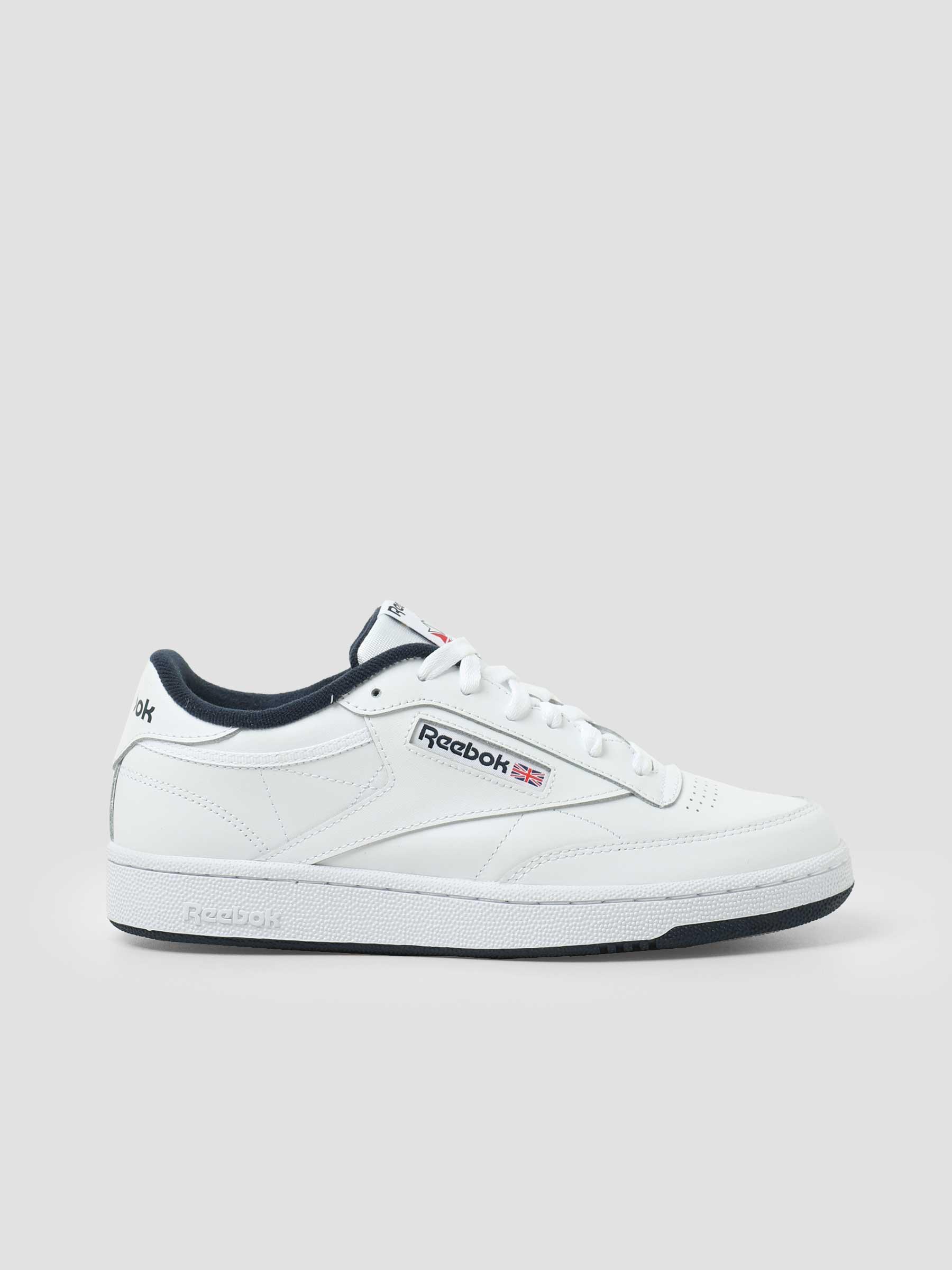 Club C 85 White Navy AR0457