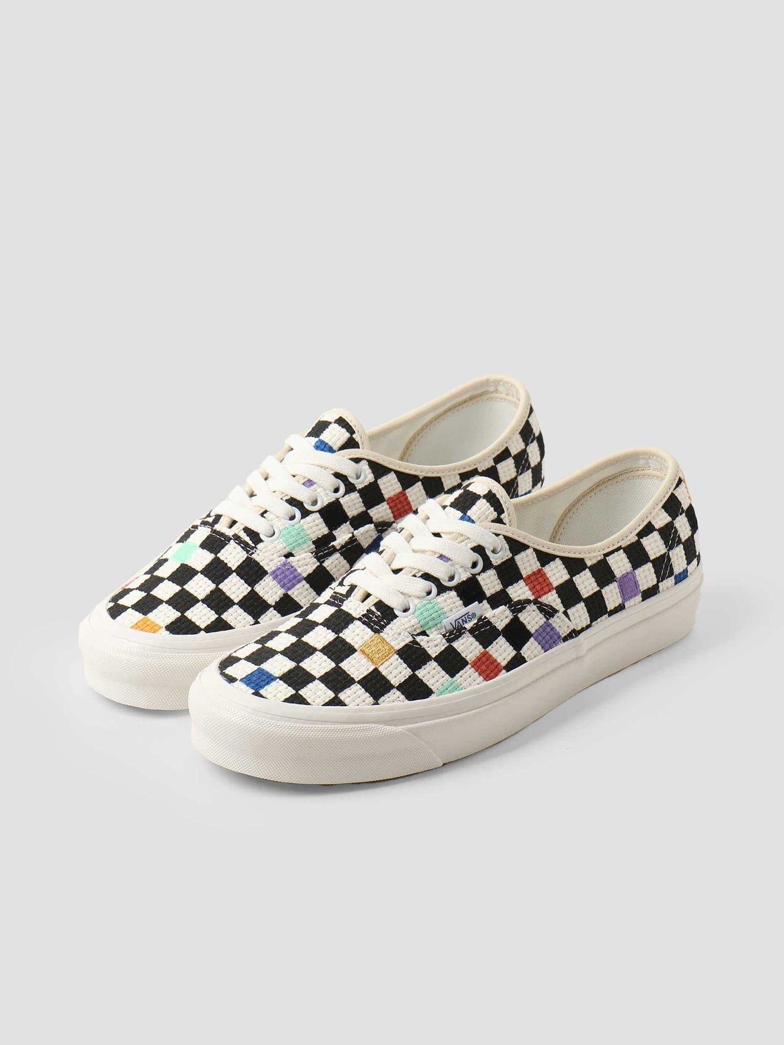 UA Authentic 44 Dx Anaheim Factory Needlepoint Checkerboard VN0A54F29GL1
