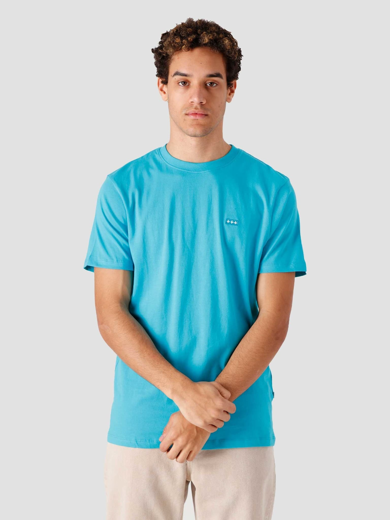 QB03 Patch Logo T-shirt Surf Blue