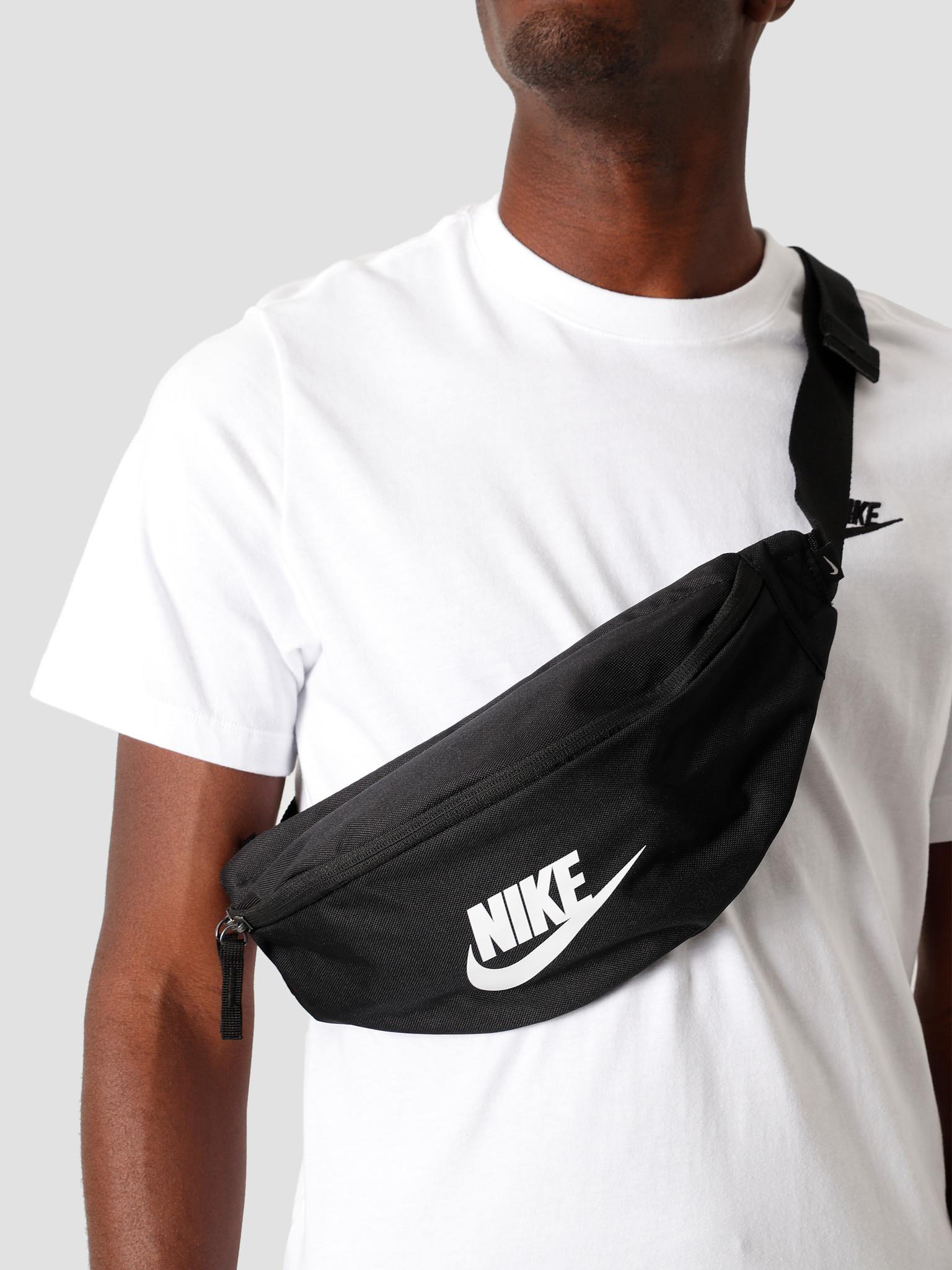 Sportswear Heritage Black/Black/White BA5750-010