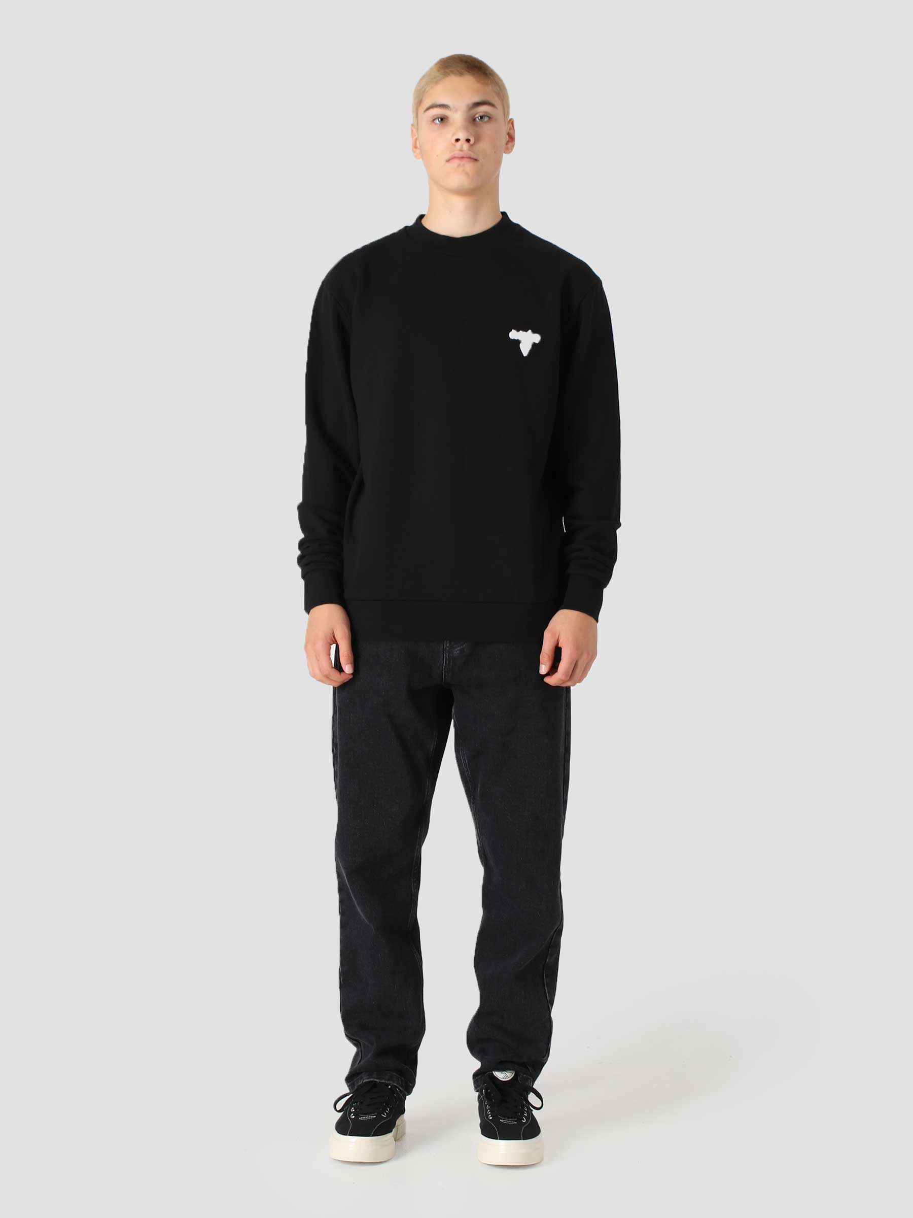 Cassat Heart Logo Sweater Black AW21-084C